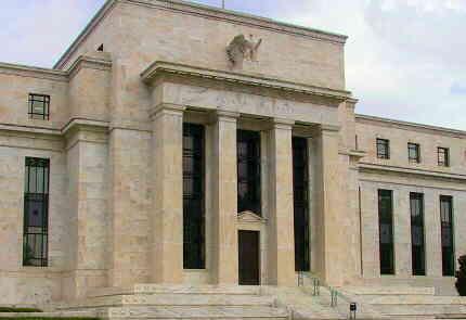 アメリカ FRB FF金利 フェデラルファンド金利 0.5%追加利下げ 年1%に